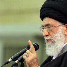 رهبرانقلاب گفتند: امروز با جمهوری اسلامی بیش از جاهای دیگر مبارزه میکنند چون اسلام در ایران بارزتر است و زمینهی عمل به آن فراهمتر است.