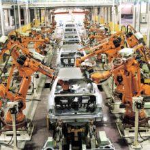 دستاوردهای برجام :صنعت خودرو در زمان تحریمها بیشترین آسیب را از مشکلات رخ داده دید بهگونهای که تیراژ تولید خودرو در سال ۹۲ بیش از ۵۰ درصد کاهش یافت.