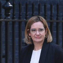به نقل از خبرگزاری فرانسه، امبر رود، وزیر کشور انگلیس از اقدام وزارت امنیت داخلی آمریکا و سایر نهادهای اطلاعاتی از افشای اطلاعات حمله منچستر انتقاد کرد.