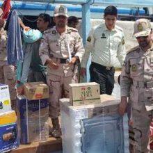 توقیف دو فروند لنج حامل کالاهای قاچاق و دستگیری 14 نفر در کیش