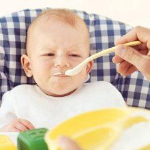غذاهایی که نباید به کودک تان بدهید : 10 مورد از غذاهایی که بعد از قطع شیردهی نباید به کودک تان بدهید