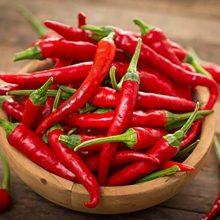 فلفل قرمز تند یا چیلی تنها در آشپزی کاربرد ندارد بلکه از آن میتوان در کاهش گرفتگی یا اسپاسم عضلانی و درد ناشی از آن نیز استفاده کرد.
