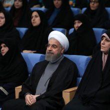 بانوان در کابینه دوازدهم :رییس جمهور در احکام جداگانه ای مسوولیت دو معاونت ریاست جمهوری و همچنین دستیار رییس جمهور در امور حقوق شهروندی را به زنان واگذار