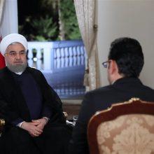 حجتالاسلام حسن روحانی رئیسجمهور در گفتوگوی زنده تلویزیونی که از شبکه اول سیما در حال پخش است، در ابتدای سخنان خود با بیان اینکه خدمت همه فرزندان این ...