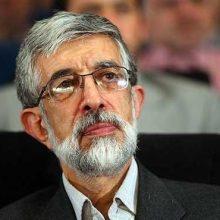 رئیس فرهنگستان زبان و ادب فارسی مخالفت خود را در خصوص ممنوعیت نصب برچسب یا نوشتن شعر و جملات فلسفی روی بدنۀ خودرو ، نوشتن پیام روی بدنه خودروها
