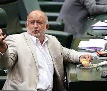 گلابی خوردن در مجلس :نادر قاضیپور علت خوردن چند گلابی در یکی از جلسات رای اعتماد به وزرای پیشنهادی را «حمایت از کشاورزان» عنوان کرد و در اظهاراتی نامتعارف