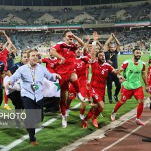 بازیکنان سوری بعد از بازی برابر ایران جملات زشت و توهینآمیزی را بر زبان آوردند. تیم ملی فوتبال سوریه توانست تساوی ارزشمندی