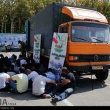 دستگیری 490 خرده فروش مواد مخدر ، سارق و مالخر طی 24 ساعت گذشته در مناطق مختلف پایتخت از نتایج اجرای طرح رعد 2 توسط پلیس تهران بزرگ است.