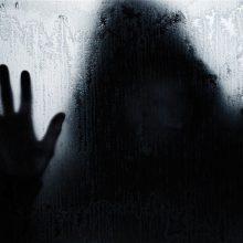 وکیل دادگستری میگوید: تجاوز به عنف با قوانین حاکم در ایران غیرقابل اثبات است، چون معمولا تعرض جنسی در حضور شاهد آن هم 4 تا مرد عادل نیست، مگر اینکه متجاوز