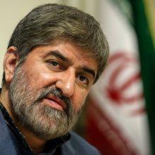 وکیل مدافع علی مطهری از ابلاغ رای پرونده آمران حمله به علی مطهری در شیراز خبر داد.به موجب آیین دادرسی جرایم نیروهای مسلح انتشار احکام دادگاه های