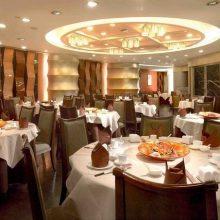 سید علی اصغر میرابراهیمی اظهار کرد: طبق قوانین موجود رستورانها اجازه ارائه قلیان در رستورانها ندارند و اگر چنین اتفاقی رخ دهد، قطعا با آنها برخورد خواهد
