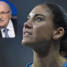 دروازهبان تیم ملی فوتبال زنان آمریکا، رییس سابق فدراسیون بینالمللی فوتبال (فیفا) را به آزار جنسی در جریان برگزاری مراسم برترینهای سال ۲۰۱۳ متهم کرد.