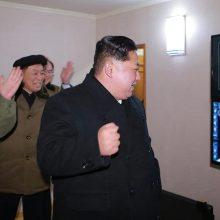 """ترامپ پیشتر نیز کیم جونگ اون رهبر کره شمالی را مرد موشکی کوچک خطاب کرده؛ لقبی که به مذاق حکومت پیونگ یانگ خوش نیامد و آنها نیز ترامپ را پیرمرد """"کودن و خرفت"""""""