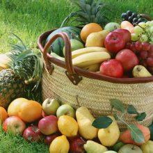 افراد برای کاهش میزان قند دریافتی بدن تنها به کاهش مصرف نوشیدنیهای شیرین و شکلات توجه دارند و اغلب از قند موجود در میوههای شیرین غفلت میکند. میوه کمقند