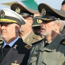 وزیر دفاع و پشتیبانی نیروهای مسلح با بیان اینکه «برای همه کشورها خواهان صلح، دوستی و امنیت هستیم»، گفت: در عین حال به تولید تجهیزات دفاعی و غلبه بر تهدیدات