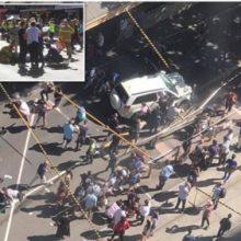 پلیس ویکتوریا در استرالیا اعلام کرد که یک راننده با خودروی خود به سمت عابران پیاده در حومه ملبورن حمله کرد. حمله یک خودرو به عابران