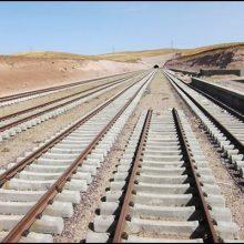 مدیر کل ساخت و توسعه راه آهن منطقه ۲ کشور گفت: طرح راه آهن قزوین رشت در حال حاضر در مجموع ۸۱ درصد پیشرفت فیزیکی دارد و اردیبهشت سال آینده به بهره برداری می رسد. تکمیل راه آهن قزوین- رشت