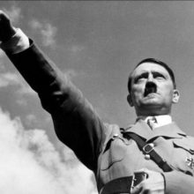 آدولف هیتلر رهبر حزب نازی بیش از ده معشوقه در زندگی شخصی خود داشته است، در این مقاله به معرفی برجستهترین آنها میپردازیم. زندگی خصوصی هیتلر