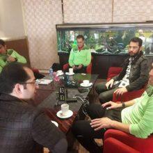 جواد تن زاده، مالک باشگاه سپیدرود رشت با حضور در محل اقامت این تیم در تهران به گفتگو با کادر فنی سپیدرود پیش از دیدار برابر استقلال پرداخت.