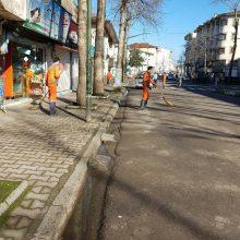 هشتمین مرحله پاکسازی محلات منطقه یک شهرداری رشت از سه راه گلایل به طرف خیابان استاد معین