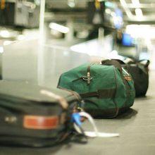 قوانین حمل اشیاء مجاز و ممنوع معمولا در تمام فرودگاهها یکسان است، بیشتر شرکتهای هواپیمایی نیز از قوانین یکسانی در این باره تبعیت میکنند؛ مجاز و غیرمجاز در پرواز