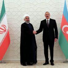 وزیر اقتصاد ایران و آذربایجان موافقتنامه سرمایهگذاری مشترک راهآهن رشت - آستارا بین ایران و آذربایجان امضا کردند.