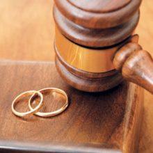 رئیس انجمن مددکاری اجتماعی ایران با اشاره به روند افزایشی تعداد طلاق در کشور در سال ۹۶ نسبت به سال ۹۰ گفت: در سال ۹۰ به ازای هر ساعت ۱۶ طلاق ثبت شده است