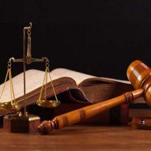 قاضی حسن حیدری در خصوص دستگیری یکی از اعضای شورای شهر مشهد، اظهار کرد: این فرد به دلایل مالی و اعمال نفوذ دستگیر شده است. دستگیری یک عضو شورای شهر