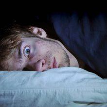دلایل مختلفی برای کمبود خواب وجود دارند که یکی از آنها رژیم غذایی است. با پرهیز از مصرف برخی خوراکی ها می توانید راحتتر به خواب رفته و از خوابی با کیفیت بالاتر بهرهمند شوید.