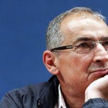 صادق زیباکلام پس از آنکه از دانشگاه آزاد برکنار شد، از دانشگاه تهران هم بازنشسته اجباری شد. این در حالی است که او تنها ۲۵ سال در دانشکده حقوق دانشگاه تهران سابقه تدریس داشته است.