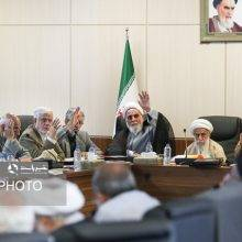 محمدرضا باهنر درباره جلسه اخیر مجمع تشخیص مصلحت نظام گفت: یک چهارم حضار با ورود نیکنام به شورای شهر مخالف بودند. به گفته او عکس جلسه