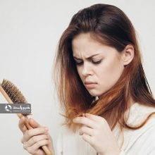 تغییرات سبک زندگی و رفتاری می توانند اثر بر شرایط موی شما داشته باشند. کاهش وزن یکی از عواملیست که می تواند بر ریزش مو تاثیرگذار باشد. کاهش وزن موجب ریزش مو