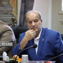 تذکر اسماعیل حاجی پور برای مرمت چاله های شهر