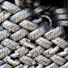 انبار احتکار ۱۱۰ هزار لاستیک در کهریزک کشف شد