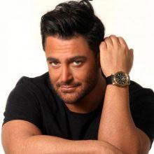 منوچهر هادی اعلام کرد که رضا گلزار به دلیل مشغله کاری در سریال «دل» حضور نخواهد داشت.