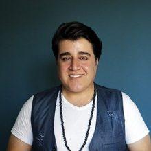 مهدی یغمایی، در برنامه «تب تاب» شبکه سوم سیما از ازدواج خودش خبر داد.