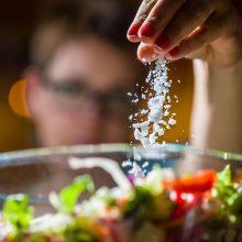 ولع مصرف نمک نشانه چیست؟