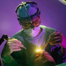 درمان سلولهای سرطانی با استفاده از لیزر/ لزوم حمایت بیمهها از لیزر درمانی
