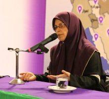 ستاد بانوان دکتر روحانی :همه دولتهایی که آغازبه کار می کنند ریل گذاری می کنند اما این دولت درحال آوار برداری است