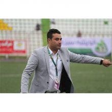 علی نظرمحمدی افزود: در دیدار برابر نفت تهران اشتباهاتی کردیم که شیرازه تیم از هم پاشید که در نهایت منجر به شکست برابر نفت تهران در این بازی شد