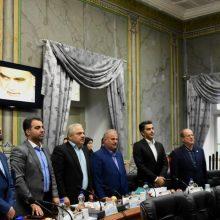 در دوازدهمین جلسه شورای شهر رشت ، مسعود نصرتی راهکاری خود را برای برون رفت از مشکلات مالی شهرداری و ایجاد درآمد برای تکمیل پروژه های عمرانی