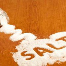 نمک حاوی ماده معدنی سدیم است که در دوزهای کوچک منجر به تعادل سطوح الکترولیت بدن می شود و به دیگر پروسه های مهم برای افزایش سلامت کمک می کند. جایگزین نمک