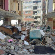 زبالهها در مناطق زلزلهزده به خوبی جمعآوری نمیشود و فاضلاب نیز به شکل بهداشتی دفع نمیگردد و این امر میواند اپیدمی وبا را به دنبال داشته باشد.