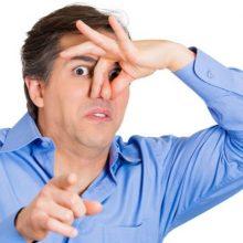 در بیشتر موارد، بوی بد دهان صبحگاهی مساله نگران کننده ای نیست. اما در برخی موارد ممکن است بوی بد غیر عادی نشان دهنده یک مشکل سلامت زمینه ای باشد.