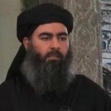 سخنگوی وزارت دفاع عراق از زنده بودن ابوبکر البغدادی خلیفه خودخوانده داعش خبر داد و اعلام کرد که وی در جایی در نزدیکی مرزهای عراق و سوریه مخفی شده است.