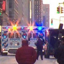 اداره پلیس نیویورک وقوع یک انفجار در منهتن را تأیید کرد اما جزئیات و دلایل این انفجار تاکنون مشخص نشده است.یکی از شلوغترین مکانهای نیویورک روی داده است
