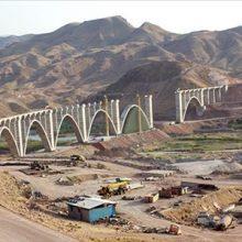 مدیرعامل شرکت ساخت و توسعه زیرساخت های حل و نقل ایران گفت، تا پایان زمستان امسال اولین قطار از طریق خط آهن قزوین – رشت اعزام خواهد شد.