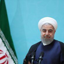 حجتالاسلام و المسلمین حسن روحانی صبح امروز (یکشنبه) در مراسم افتتاح ۱۰ موزه دفاع مقدس در استانهای مختلف کشور اظهار کرد: ما هر نوع سلاحی که برای دفاع از کشور نیاز داشته باشیم