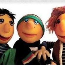 مجموعه عروسکی «کلاه قرمزی» طی سالهای اخیر از جمله محبوبترین مجموعههای تلویزیون بوده که مخاطبان پر و پا قرصی دارد. پخش کلاه قرمزی جدید