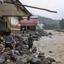 اسماعیل میرغضنفری با اشاره به خسارات بارش باران در شهرستان رودبار، اظهار کرد: بارش رگباری باران، جاری شدن سیل و طغیان رودخانه16 میلیارد ریال